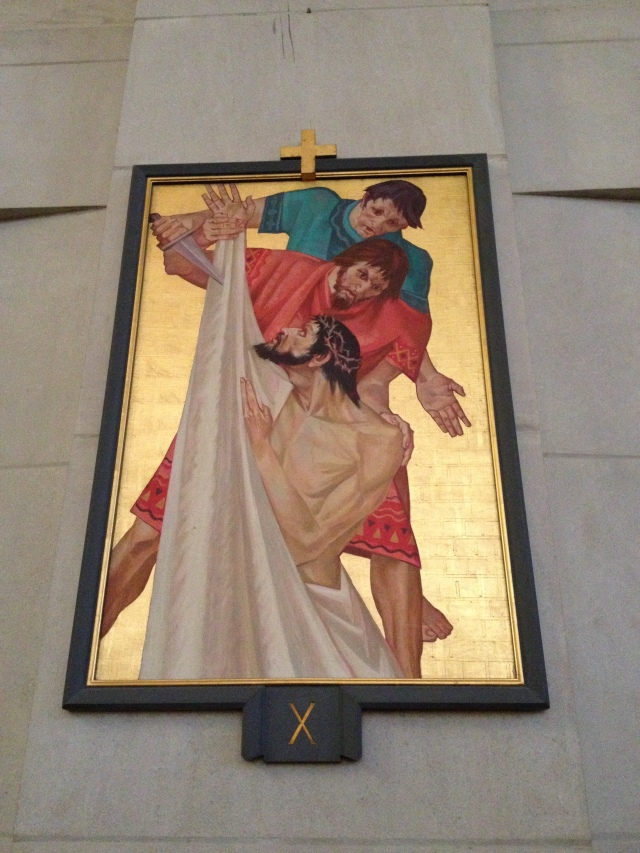 Stations of the Cross 010